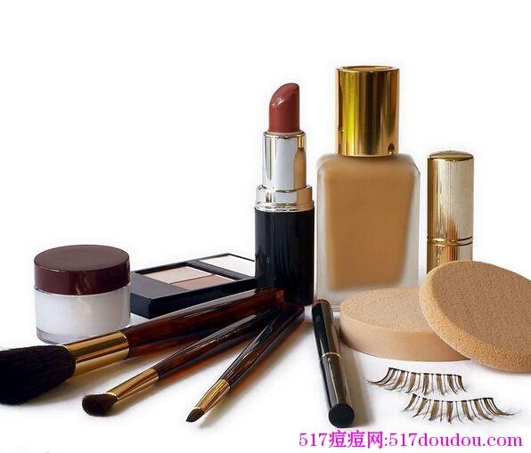 化妆品痤疮的一个案例分析